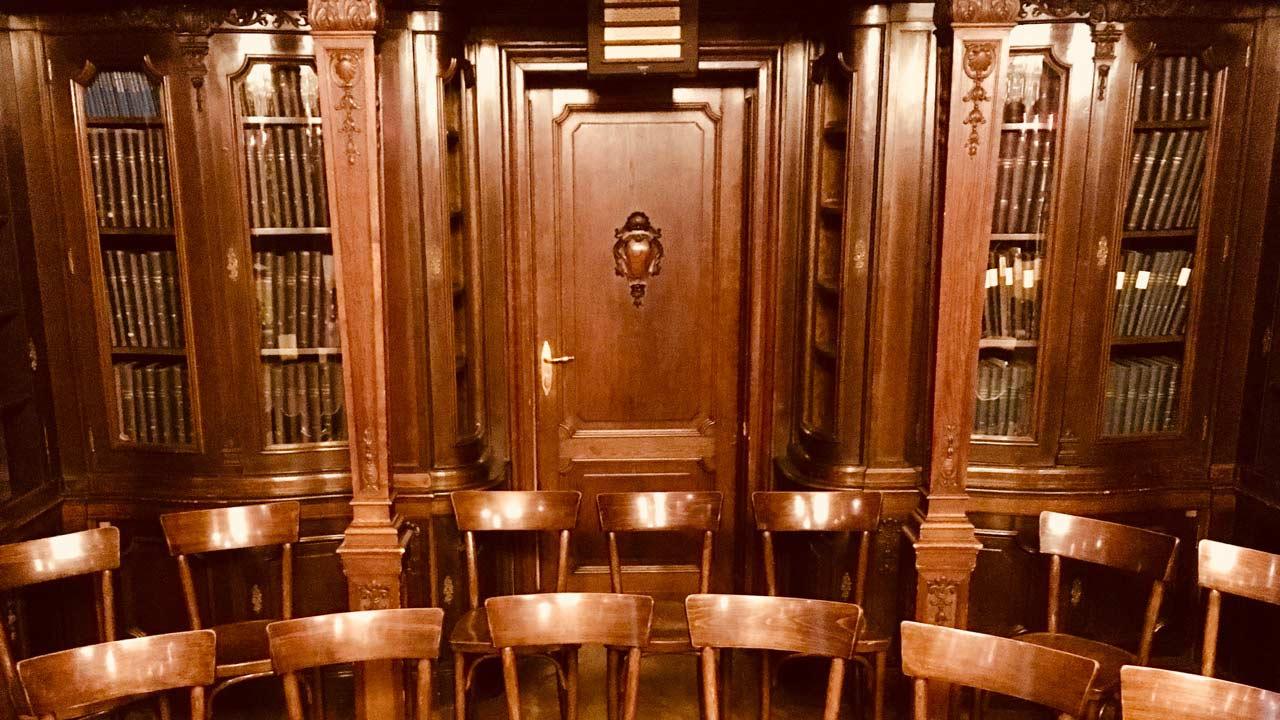 Alte-Bibliothek-1-web