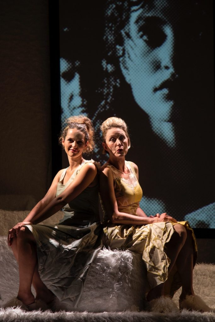 Salon5 - Der Idiot - Gioia Osthoff, Isabella Wolf (c) Andrea Klem